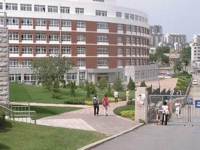 大连海事大学校园风景图片