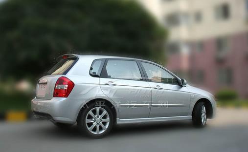 赛拉图的车内空间也是基本相同的.  内饰方面赛拉图两厢版并高清图片