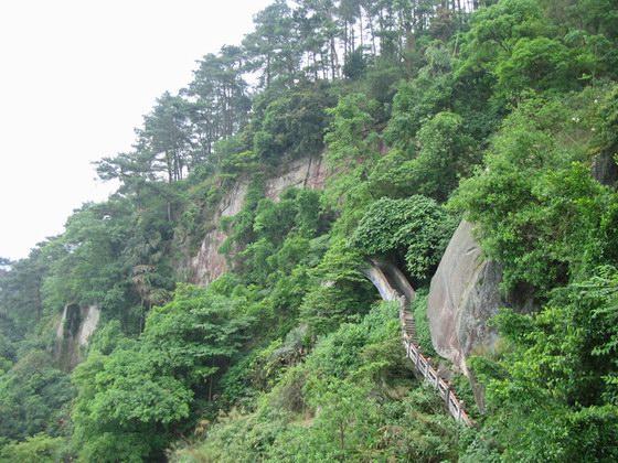 b>      ssi          b>   名称: 西山风景之七 产地: 桂平市