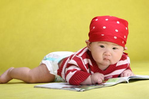 宝宝戴帽子