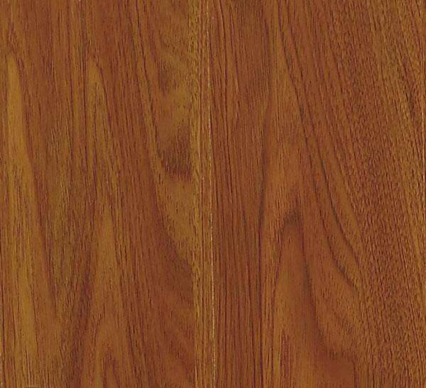 概述     别名:北美胡桃木   胡桃木的边材是乳白色,心材从浅棕到深巧克力色,偶尔有紫色和较暗条纹。可以供应经蒸气处理后边材变深的板材或不经蒸气处理。树纹一般是直的,有时有波浪形或卷曲树纹,形成赏心悦目的装饰图案。     加工特性   胡桃木易于用手工和机械工具加工。适于敲钉、螺钻和胶合。可以持久保留油漆和染色,可打磨成特殊的最终效果。干燥得很慢,需要小心避免窑中烘干后的降等损失。胡桃木有良好的尺寸稳定性。     物理特性   胡桃木是密度中等的结实的硬木,抗弯曲及抗压度中等,韧性差。有良好的热压