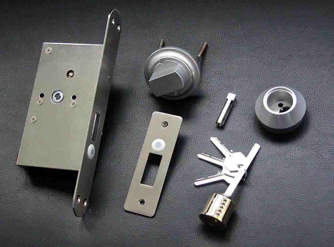 嵌入式电机锁