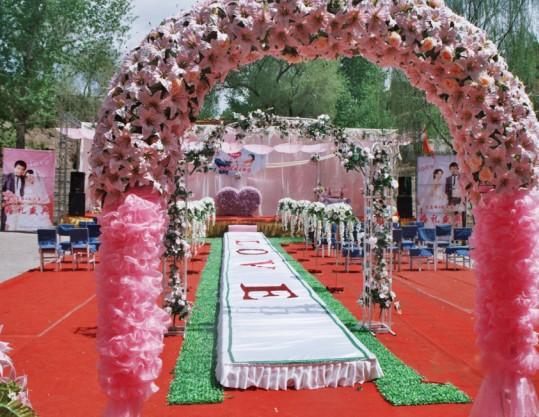 农村婚礼背景布置; 农村婚场布置图片_婚房布置图片_婚房卧室布置图片