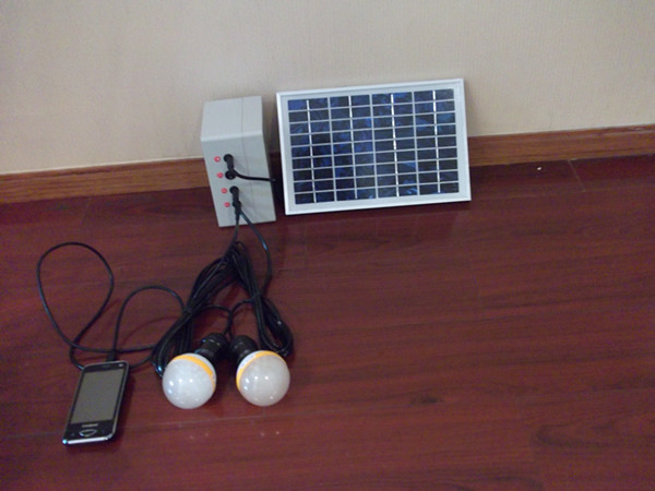 6瓦太阳能家用照明系统